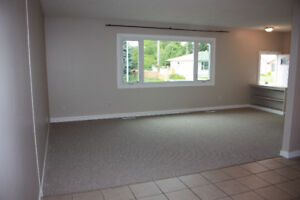 6811-92 AVE Great 2 Bedroom Suite Near Whyte Ave and Downtown!!