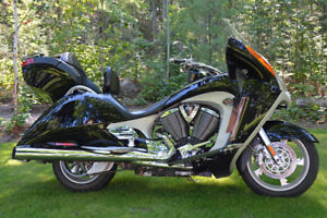Victory Vision Tour Premium - Immaculate