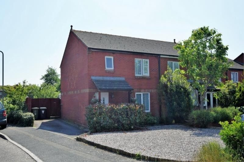 Large 3 Bed House For Sale Exeter
