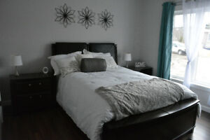 Master Bedroom Set - 2 Side Tables, Bed Frame, Dresser *2 lights