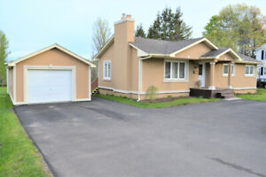 OPEN HOUSE JUNE 16TH 2019 2 TO 4 House for sale /  à vendre