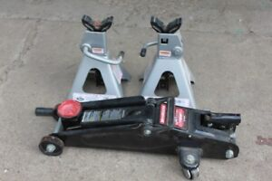 2 Ton Jack and Pair of Jackstands