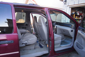 1998 Ford Windstar Minivan with hitch and trailer Kitchener / Waterloo Kitchener Area image 8