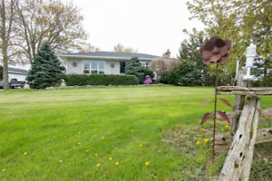 50 ACRE FARM FOR SALE, UPDATED HOME AND DRIVESHED!