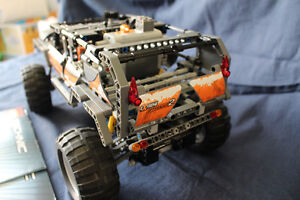 LEGO Technic Off-Roader (8297)