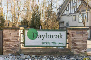 [Townhouse Willoughby Heights] DAYBREAK. End unit with 4 bedroom