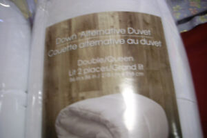 NEVER USED DOWN ALTERNATIVE QUEEN SIZE DUVETS , DEAL, 20.00 EACH