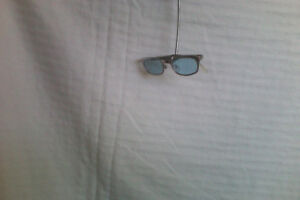 Kenneth Cole Sun glasses