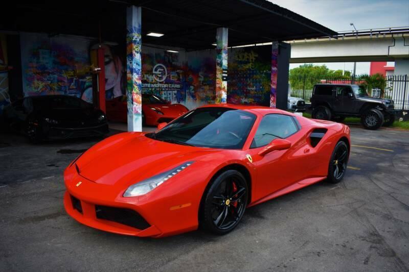Wholesale Luxury Cars 2018 Used Turbo 3.9L V8 32V Automatic RWD Premium