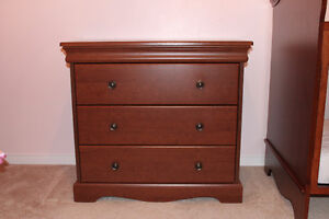 Crib and dresser - Made in Canada Cambridge Kitchener Area image 5