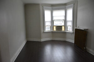 3 BEDROOM APARTMENT FOR RENT / LITTLE ITALY