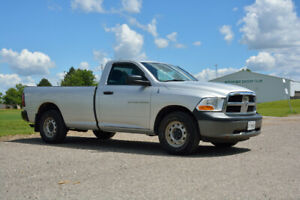 2011 Dodge Ram 1500 ST Regular Cab 8Ft Bed 4x4 4.7L