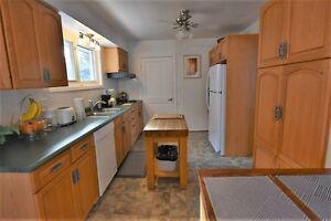 873 FRONT RD-OPEN HOUSE SUNDAY FEBRUARY 26, 11-1 Kingston Kingston Area image 2