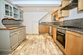 3 bedroom flat in 308 Finchley Road, Hampstead, NW3(Ref: 1858)