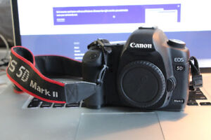 canon 5d mark2 body only 700$