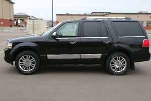 2011 Lincoln Navigator Price Reduced NO GST Edmonton Edmonton Area image 2