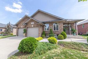 155 WOODYCREST KINGSVILLE Windsor Region Ontario image 1