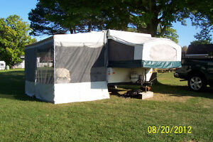 Palomino Mustang Tent Trailer with Air