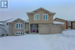 Open House Sunday Dec 10, 2-4. 12 Dewberry Court, Lively, ON