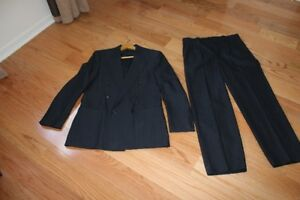 "Men's ""Charter Club"" Navy Pinstripe Suit - size 38 - NEW PRICE"