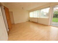 3 bedroom house in 29 Bathurst Road Bathurst Road, Wokingham, RG41