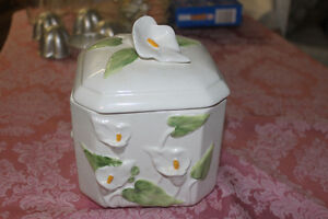 New Calla Lily Cookie / Storage Jar