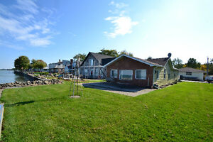 1252 SHORELINE, LAKESHORE ***NEW WATERFRONT LISTING***