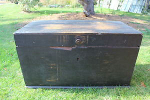 Old Antique Settler's Box/Chest London Ontario image 2