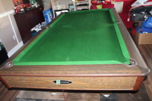 SWAP - LG  POOL TABLE FOR A SM POOL TABLE