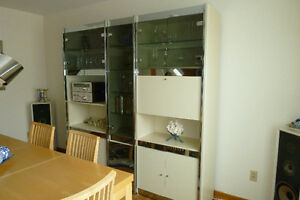 Wall unit, in 3 pieces, glass doors, chrome trim