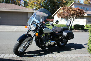 like new Honda Shadow 750