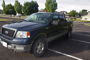2004 Ford F-150 Pickup Truck LOW KM REDUCED PRICE