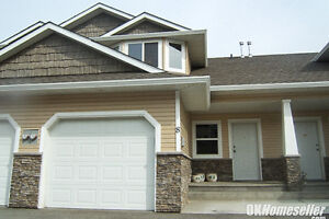 REDUCED!!   Gorgeous Executive Batchelor Townhouse