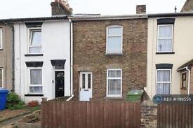 3 bedroom house in Shortlands Road, Sittingbourne, ME10 (3 bed)