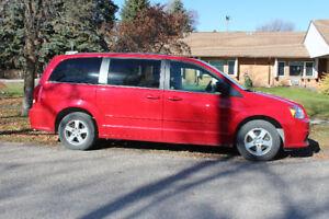 2012 SXT Grand Caravan for sale. 69,100 Km. Excellent Condition.