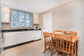 LOVELY 5 BED HOUSE - KINGS CROSS - SEPARATE LOUNGE AND PRIVATE GARDEN. AVAIL FOR NEW ACADEMIC YEAR!