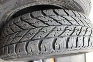 Pneus Goodyear Ultra Grip 185/65/14