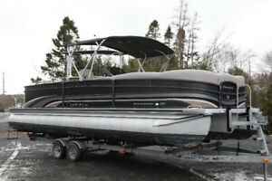*RARE* 2013 Premier Grand Entertainer Pontoon Boat w/ Bar