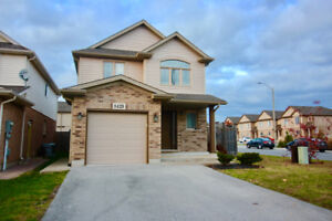 NIAGARA FALLS 3 Bdrm 2.5 Bath Detached Near Schools