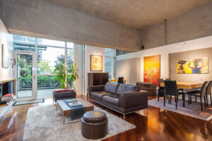 One of a kind Yaletown Home for Sale