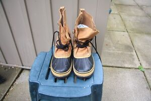 "SIZE 9 MAN CARIBOU BOOTS ""NEW"""