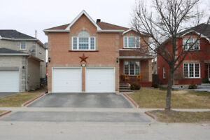 Immaculate family home in desirable south end neighbourhood!
