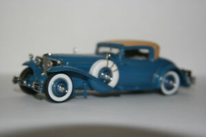 Esval 1929 Cord Diecast Die cast Model 1/43 scale.