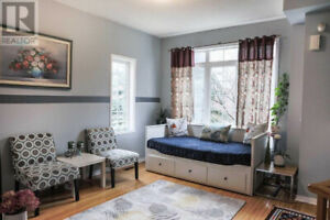 Stunning 3+1 BedroomTownhouse in Richmond Hill