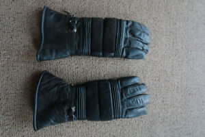 Leather Motorcycle Gloves, gauntlet style.