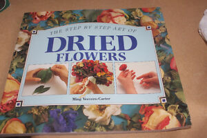 Dried Flowers Instructional Book ( never used )