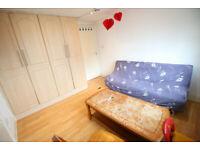 1 bedroom flat in Martindale Road, HOUNSLOW, TW4(Ref: 1395)
