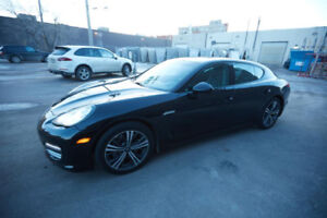 2011 Porsche Panamera 4 in Perfect Condition