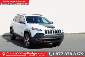 2016 Jeep Cherokee Trailhawk Bluetooth, Remote Start, Back-Up...