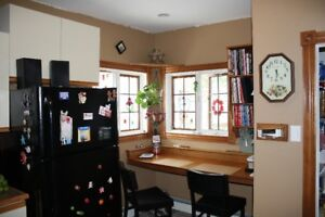 HOME IN CENTRAL AREA CLOSE TO ALL AMENITIES